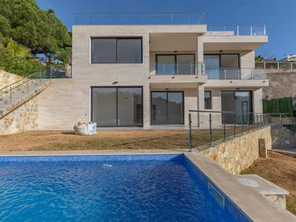 280m² House / Villa for sale in Lloret de Mar / Tossa de Mar