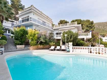 Casa / Vil·la de 430m² en lloguer a Bellamar, Barcelona