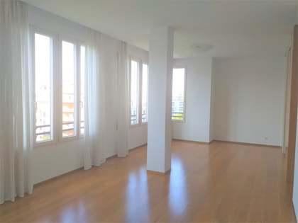 101m² Wohnung zur Miete in Extramurs, Valencia