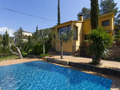 Casa familiar con piscina en venta en Sitges, Barcelona