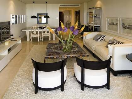 Appartement de 84m² a vendre à Estepona avec 45m² terrasse
