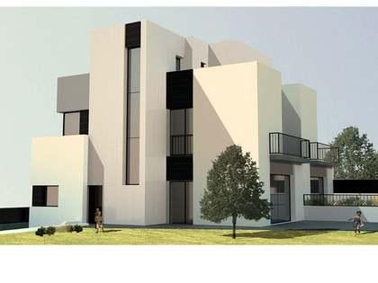 Casa / Villa de 236m² con 30m² de jardín en venta en Vilanova i la Geltrú