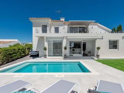 248m² House / Villa with 528m² garden for sale in Estepona