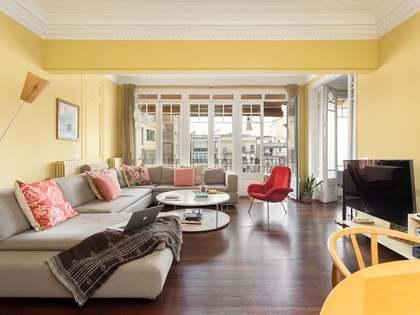 piso de 214m² con 10m² terraza en venta en Eixample Derecho