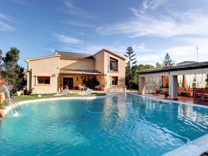 350m² Haus / Villa zum Verkauf in Dénia, Costa Blanca