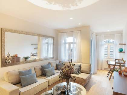 87m² apartment with 48m² terrace for sale in Eixample Right