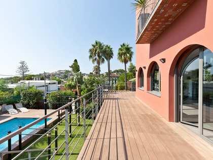 Modern luxury villa for sale in Castelldefels near Barcelona