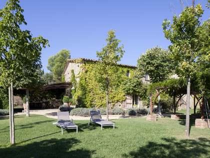 Landhaus mit spektakulärer Aussicht in Baix Empordà zum Verkauf