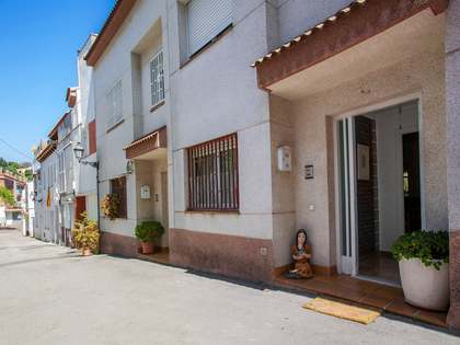109m² house with a patio and terrace for sale in Alella