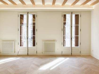 Квартира 144m², 7m² террасa на продажу в Правый Эшампле