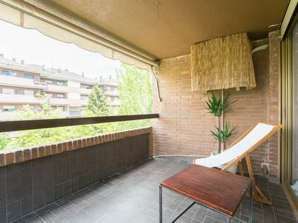 200m² Apartment with 20m² terrace for sale in Arturo Soria