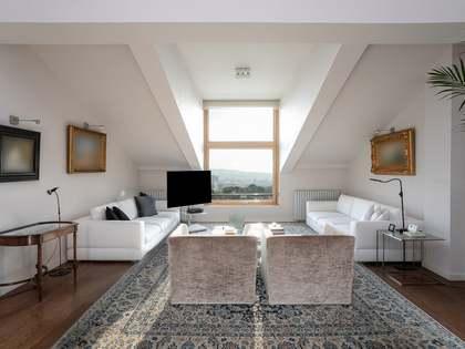 Attico di 218m² in vendita a Pedralbes, Barcellona