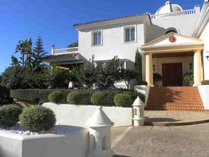 780m² Hus/Villa med 2,100m² Trädgård till salu i Golden Mile