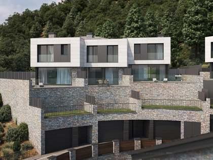324m² House / Villa with 243m² garden for sale in La Massana