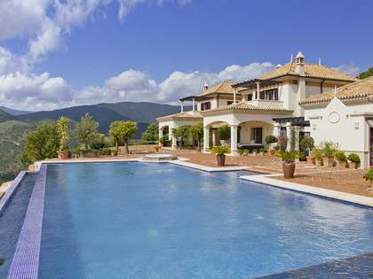 Exclusive 5-bedroom villa for sale in La Zagaleta, Marbella