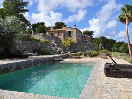 5-bedroom villa in North Mallorca new yet rustic style
