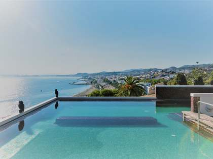 Casa / Villa di 1,123m² in vendita a East Málaga, Malaga