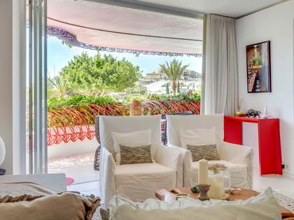 96m² Apartment with 18m² terrace for sale in Ibiza Town