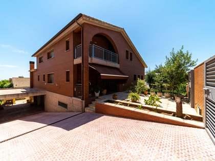 Maison / Villa de 597m² a vendre à Viladecans, Barcelona
