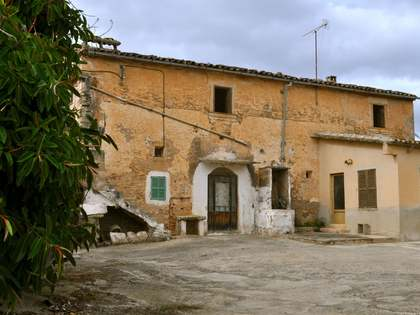 Country property to buy in South Mallorca. Renovation project