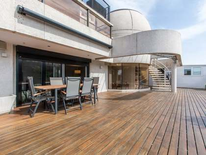 550m² Apartment with 226m² terrace for sale in Aravaca