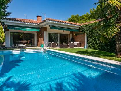 213m² House / Villa for sale in Alella, Barcelona