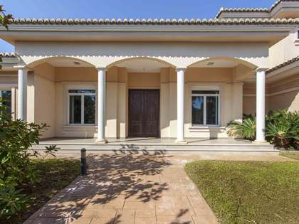 casa / villa di 686m² in vendita a Bétera, Valencia