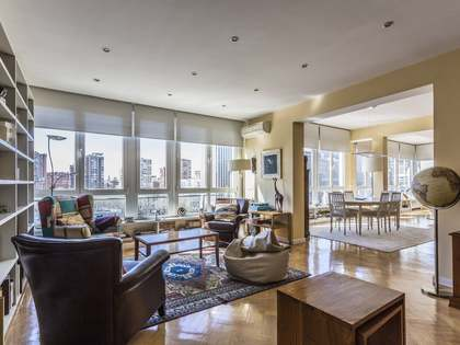 302 m² apartment for sale in El Viso, Madrid