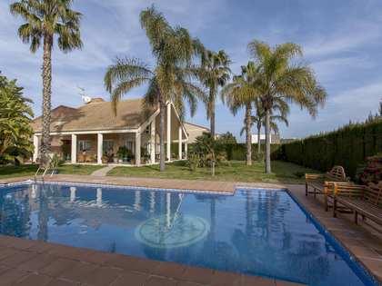 Casa de 500 m² con 1,000 m² de jardín en alquiler en La Eliana