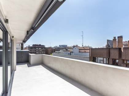 222m² Apartment for sale in Almagro, Madrid