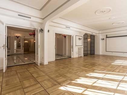 Apartamento de 454m² con terraza, en venta en Recoletos