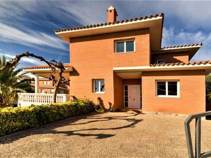 271m² Haus / Villa zum Verkauf in Tarragona Stadt