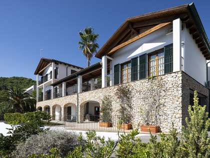 在 Terramar, 巴塞罗那 450m² 出售 豪宅/别墅