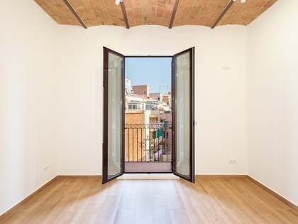 80m² Apartment for sale in Poble Sec, Barcelona