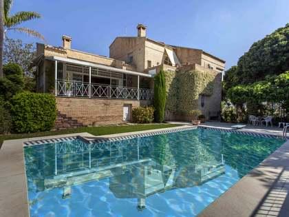 Casa independiente con piscina en venta en Godella, Valencia