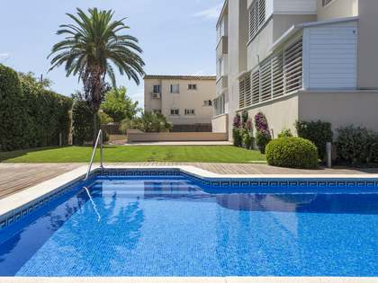 144m² Apartment with 50m² garden for sale in Terramar