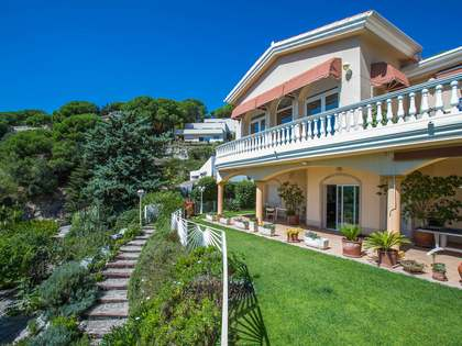 506 m² villa for sale in Cabrils, Maresme