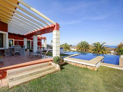 373m² House / Villa with 590m² garden for sale in Dénia