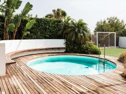在 Puzol, 瓦伦西亚 298m² 出租 豪宅/别墅 包括 花园 250m²