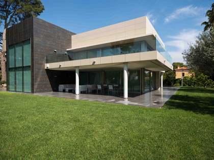 Luxury villa for rent in Godella, Valencia