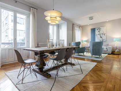 250 m² apartment for sale in Castellana, Madrid
