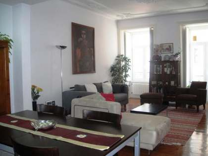 3 bedroom apartment for sale in historic Principe Real, Lisbon