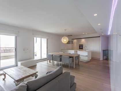 120m² Apartment with 15m² terrace for rent in Ciudad de las Ciencias