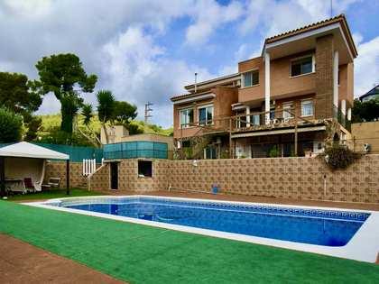 336m² hus/villa till salu i Montemar, Barcelona