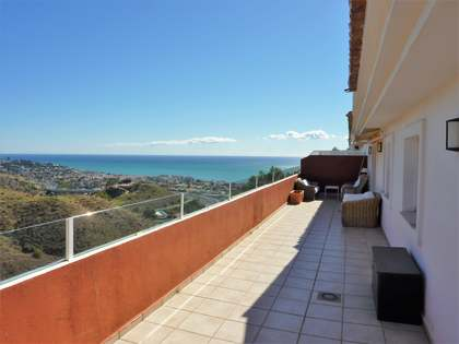 214m² Penthouse for sale in East Málaga, Málaga