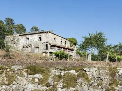 Gebouw van 817m² te koop in Pontevedra, Galicia