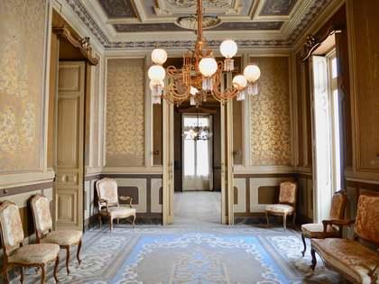 Appartement van 824m² te koop met 34m² terras in La Seu