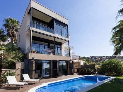 在 Levantina, 锡切斯 237m² 出售 豪宅/别墅