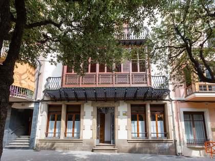 Huis / Villa van 584m² te koop met 100m² Tuin in Arenys de Mar
