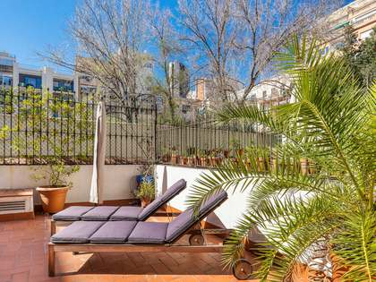 127m² apartment with 52m² terrace for sale in Eixample Left